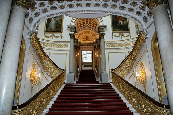 bukingemskij-dvorec-v-londone-8
