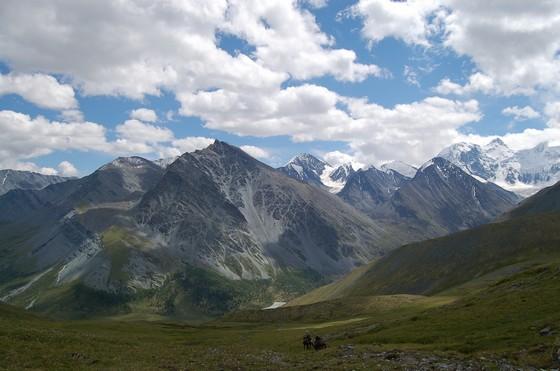 velichestvennaya-gora-beluxa-2