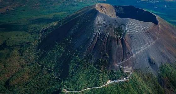 vulkan-vezuvij-1