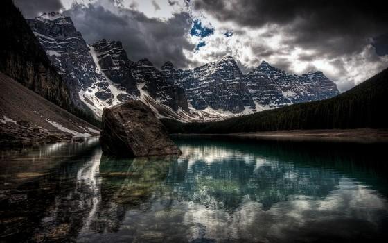 Канадское озеро Морейн