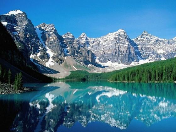 kanadskoe-ozero-morejn-3