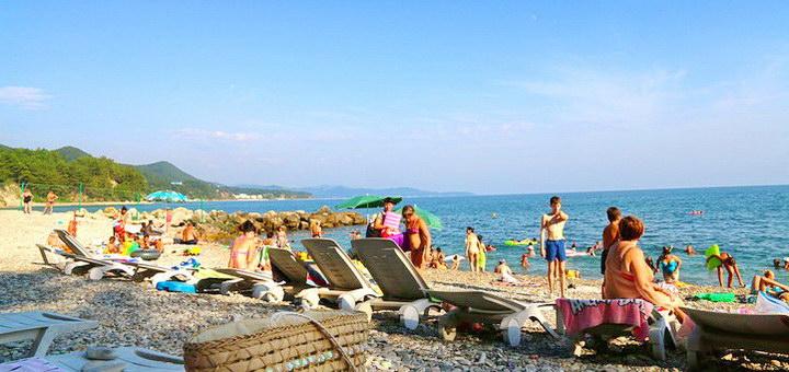 Где можно отдохнуть в России летом на море недорого