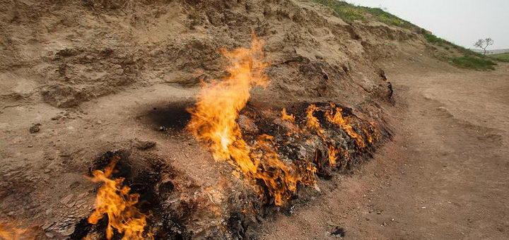 Горящее пламя в Азербайджане