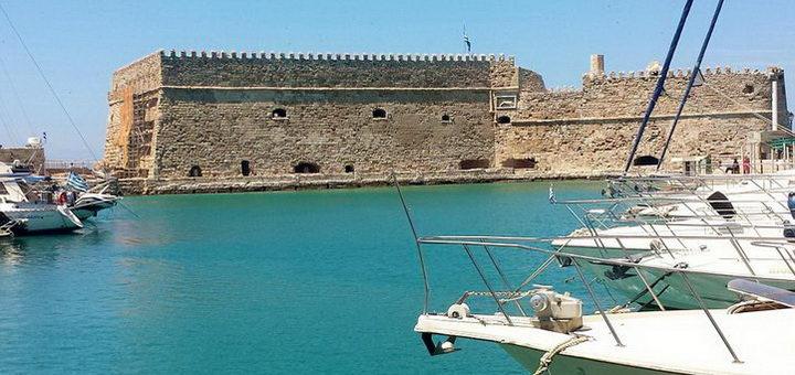Венецианская крепость и порт в Ираклионе