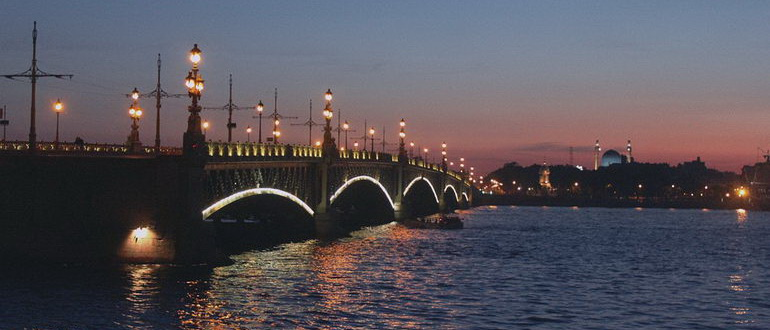 экскурсия разведение мостов в санкт петербурге